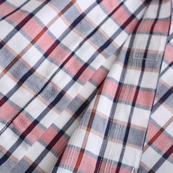 Magnetisch overhemd met magneten in de stof verwerkt